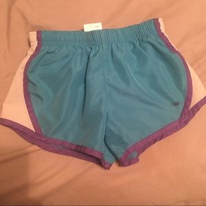 New Balance girls size 6x shorts with liner
